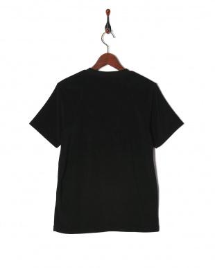 ブラック パイルプリントTシャツ SSを見る