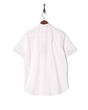 オフホワイト テクニカルオックスボタンダウンハーフスリーブシャツを見る