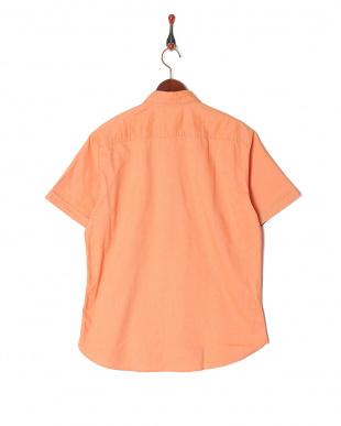 オレンジ テクニカルオックスボタンダウンハーフスリーブシャツを見る