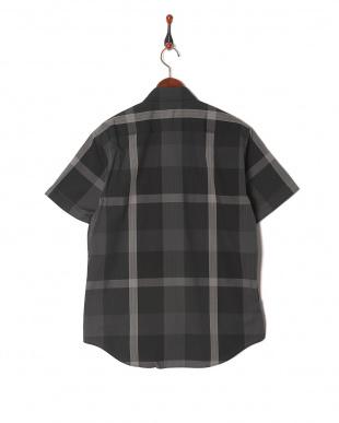 ブラック トーナルクレストブリッジチェックサッカーシャツを見る