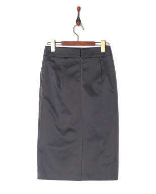 4 スカートを見る