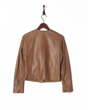 ベージュ 4: ジャケットを見る