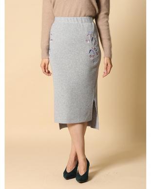 グレー1 《musee》バックロング刺繍タイトスカート CLEAR IMPRESSIONを見る