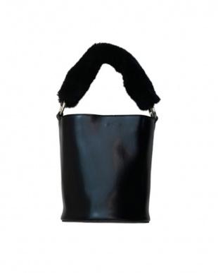 ブラック Handle Fur Bagを見る