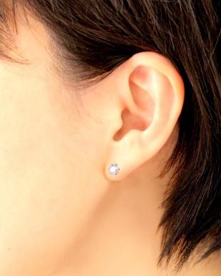 PT 天然ダイヤモンド 大粒 計0.8ct 6本爪 プラチナ スタッドピアス [鑑別書付]を見る