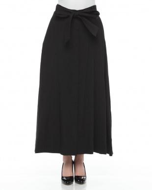 黒 バイオリネンストレッチスカートを見る
