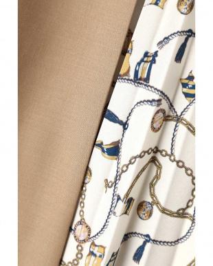 ベージュ2 スカーフプリント切り替えスカート ナチュラルビューティBを見る