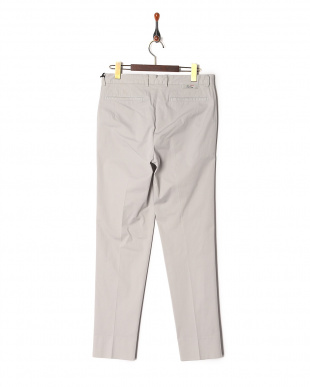Cement Ice cotton stretched semi-wide tapered fitを見る