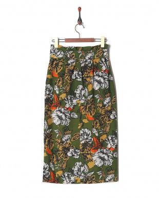 グリーン フラワープリントスカートを見る