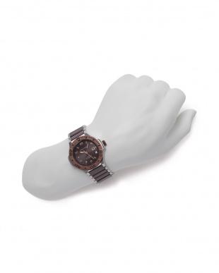 ブラウン/シルバー 腕時計を見る
