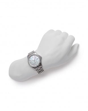 シルバー/MOP 腕時計を見る