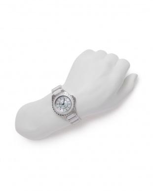 ホワイト/シルバー/MOP 腕時計を見る