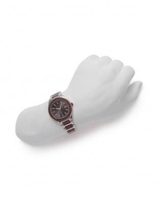 ブラウン/シルバー/ブラウン 腕時計を見る
