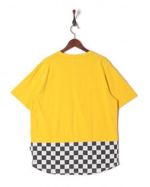 YELLOW 半袖Tシャツを見る