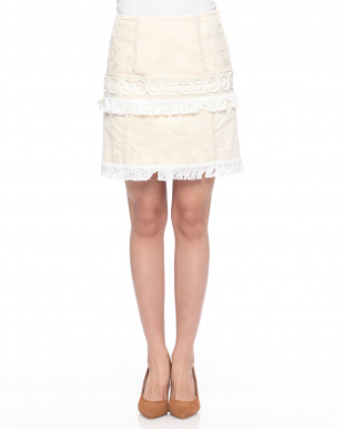 オフホワイト コード刺繍スカートを見る