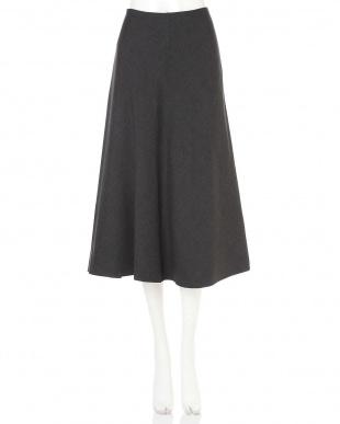 グレー×ブラック |VERY10月号掲載|コンパクトリバースカート アドーアを見る