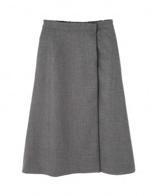 ネイビー×グレー |VERY10月号掲載|リバーシブルウールスカート アドーアを見る