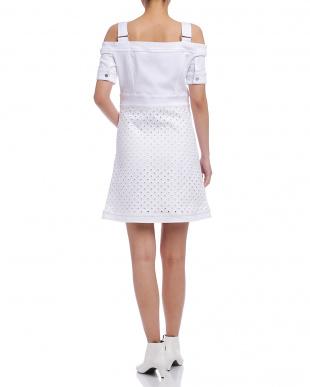 ホワイト ベルテッドショルダー 切替 半袖ドレスを見る