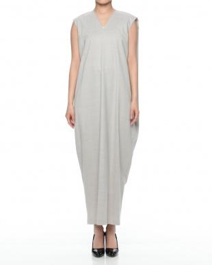 c/#1 light grey ドレスを見る