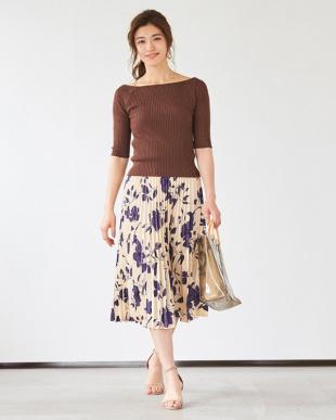 ネイビー 花柄プリーツスカートを見る