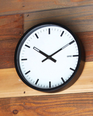WH/BK BLACK WOOD FRAME CLOCK [S]を見る