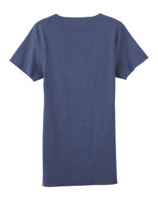 ネ-ビ-モク VネックTシャツを見る