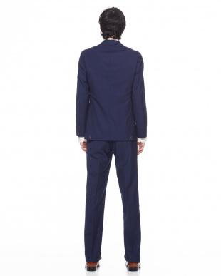 549  PAIDEIA スーツを見る