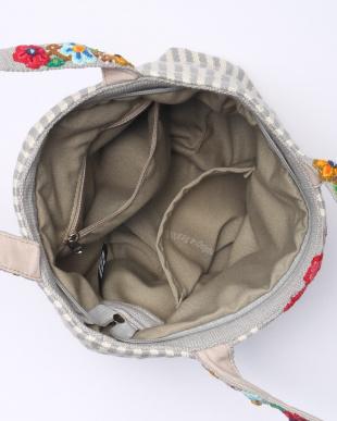 グレーストライプ 刺繍のバッグ グレーストライプを見る