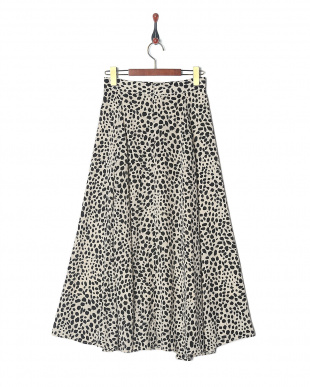 BEIGE 単色レオパードスカートを見る