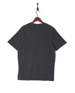 シャドウブラック Tシャツを見る