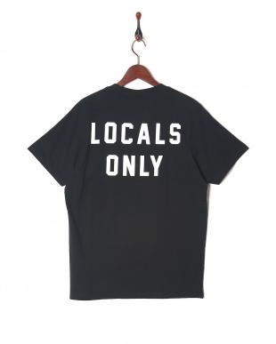 ブラック Tシャツを見る