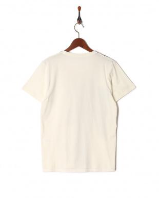 オフホワイト  Anders  Tシャツを見る