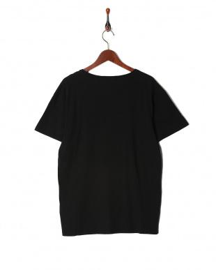 ブラック Lasse  Tシャツを見る