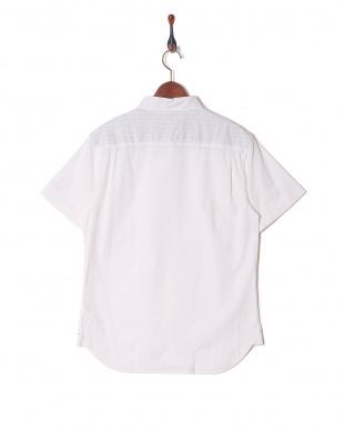 シロ 綿麻ストレッチ半袖シャツを見る