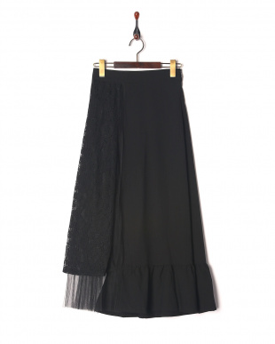 黒 スカートを見る