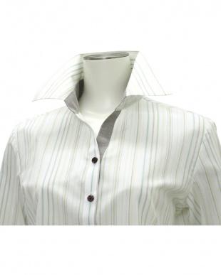 ブラウン・ベージュ系 七分袖 形態安定 レディースシャツ スキッパー衿 白×ブラウン、グリーン、イエローストライプを見る