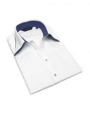 ホワイト系 レディース ウィメンズシャツ 半袖 形態安定 スキッパー ダブル衿 白×ダイヤチェック織柄(透け防止)を見る
