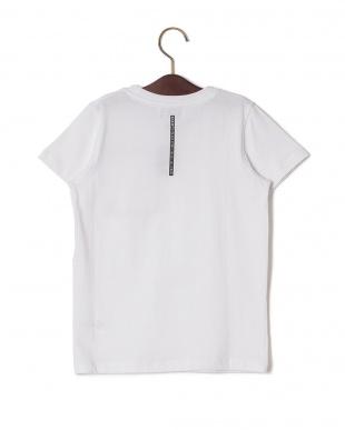 ホワイト ポケットデザイン クルーネック 半袖Tシャツを見る