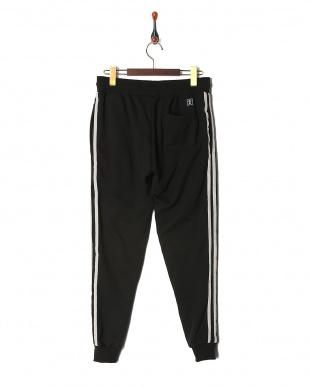 black velour tape sideline jogger pantsを見る