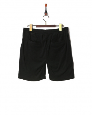 black Pile fabric Shortsを見る