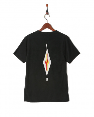black BS embroidery Pile fabric T-shirtを見る