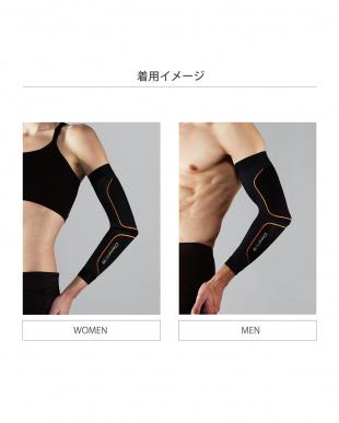 ブラック シックスパッド トレーニングスーツ アーム(腕用 2本組) [メーカー純正品]を見る
