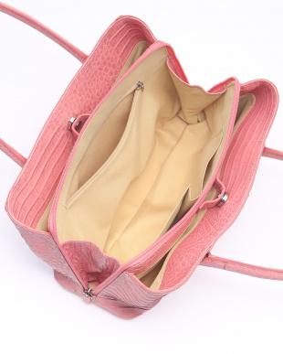 ダークピンク バッグを見る