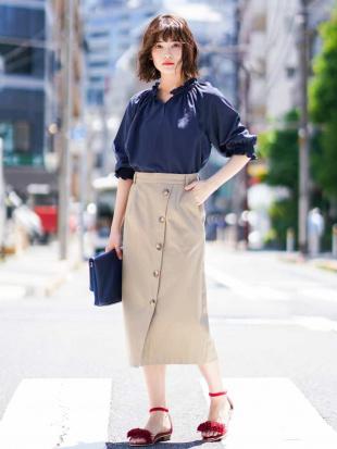 ネイビー ボタンデザインナロースカート[WEB限定サイズ] a.v.vを見る