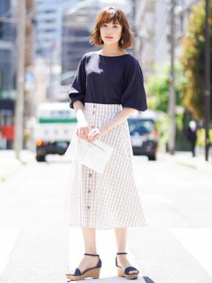 ブラック 【WEB別注カラー】ギンガムフロントボタンスカート[WEB限定サイズ] a.v.vを見る
