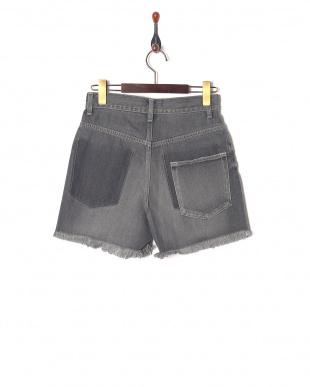 006 グレ- Vintage Denim Shortsを見る
