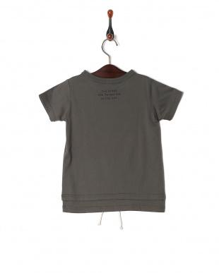 チャコールグレー Tシャツを見る