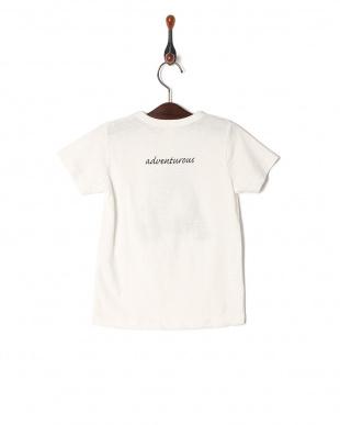 A Tシャツを見る