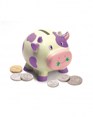 牛の貯金箱を見る