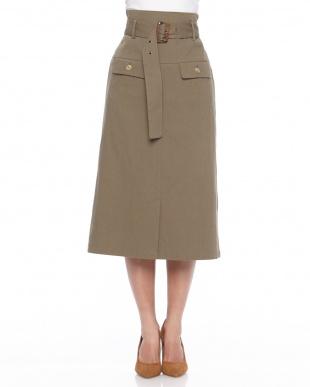 カーキグリーン ◎ベルト付きIラインスカートを見る